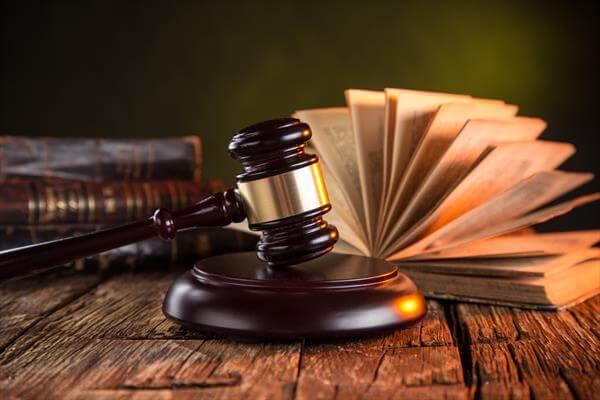 Поможем нанять опытного уголовного адвоката